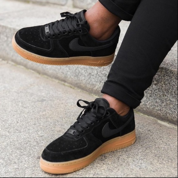 the latest 6fe9c 3a4da NWT Nike Air Force 1'07 SE Suede Black